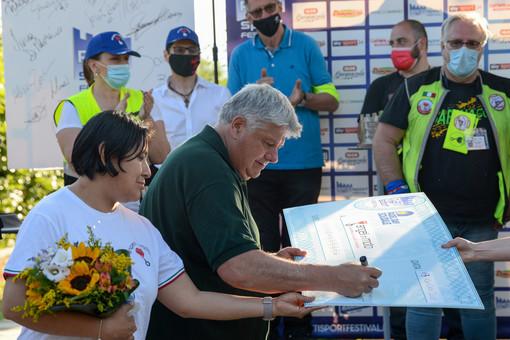 Tacconi, Schillaci, Pardo cantando Notti Magiche chiudono  la sesta edizione del Rieti Sport Festival
