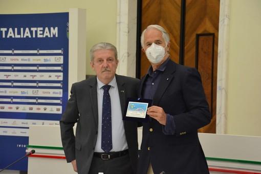 La Federazione Giochi e Sport Tradizionali consegna tessera onoraria al presidente del Coni Malagò