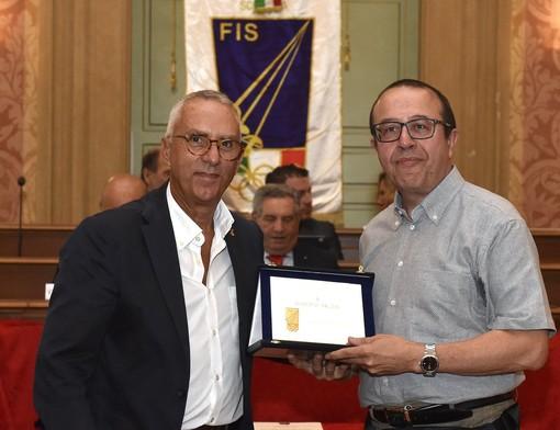 SCHERMA Distintivo d'Onore d'Oro per Roberto Faldini
