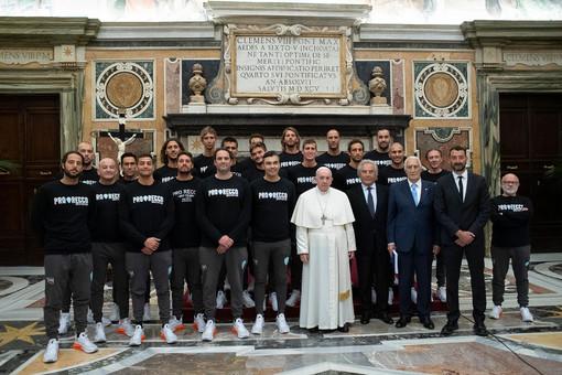 PALLANUOTO La Pro Recco ricevuta da Papa Francesco