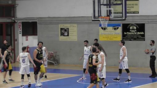 Basket - La Tarros Spezia ad Agliana per assolutamente non distrarsi