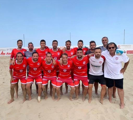 BEACH SOCCER Genova chiude in bellezza il campionato. Spazzata via la Vastese 5-1