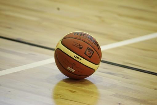 Basket - Avanti la Tarros Spezia dalle sette vite